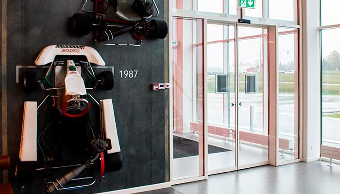 Dørautomatik, Racehall København